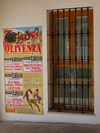 2011: Noch werben Plakate für den Stierkampf