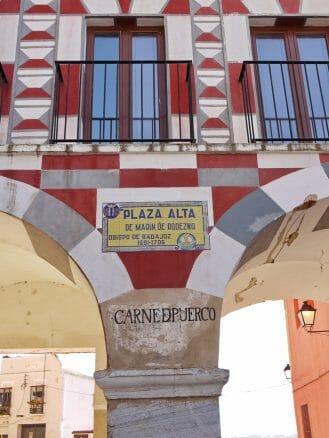 Stützpfeiler am Plaza Alta