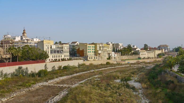 Gandia am Fluss Serpis