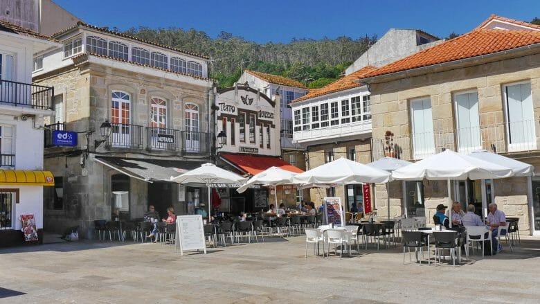 Praza do Curro, der zentrale Platz in Muros