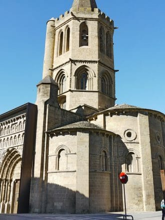 Die romanische Kirche Santa María la Real