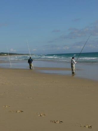 Angler an der Playa de Bolonia