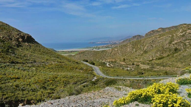 Blick auf die Küste bei Puerto de Mazarrón