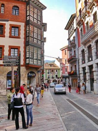 In der Altstadt von Llanes