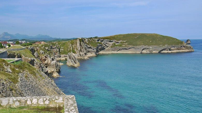 Die Costa Verde vor Llanes in Asturien