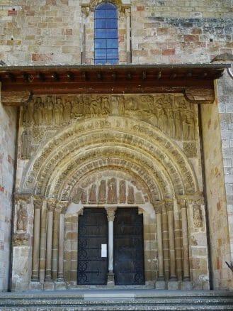 Porta Speciosa, das alte Portal der Kirche