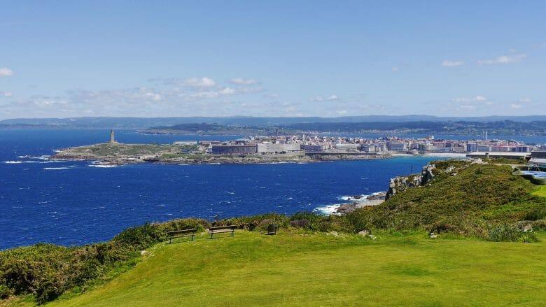 Blick vom Monte de San Pedro auf A Coruña