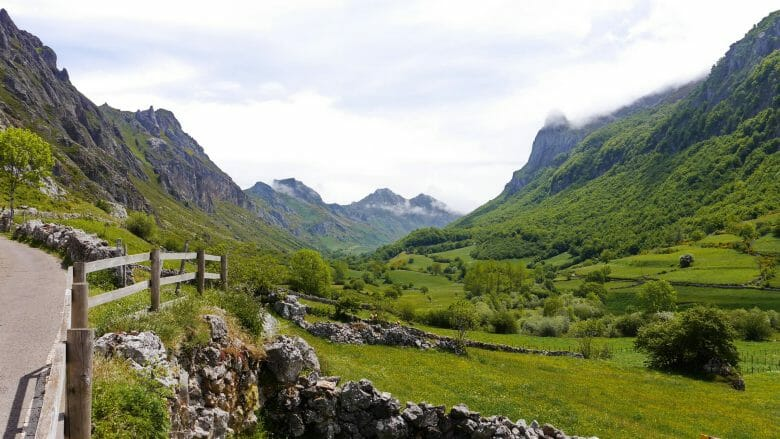 Blick in das Tal Valle del Lago