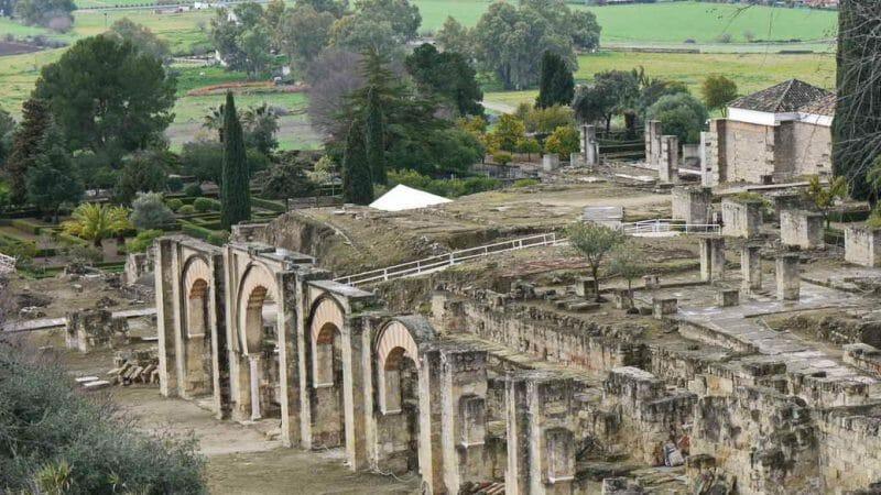 Blick auf die Ruinen des Palastes des Kalifen
