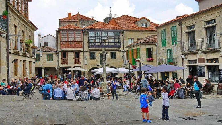 Der Platz Praza da Leña in der Altstadt von Pontevedra