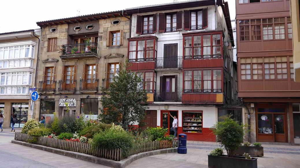 Baskischer Baustil in der Innenstadt