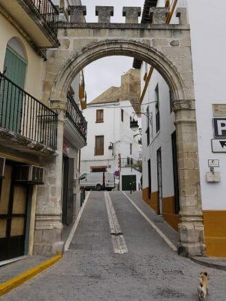 Das Stadttor Arco de la Villa in Alcaudete