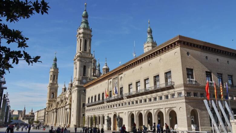 Die Kathedrale Nuestra Señora de El Pilar in Zaragoza