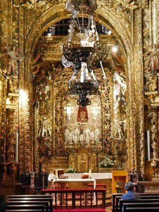Hauptaltar der Kathedrale von Ourense