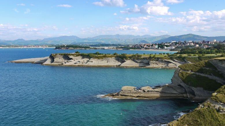 Blick auf die weite Bucht von Santander