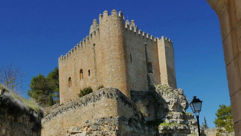 Die Burg von Alarcón, heute 4-Sterne Hotel der Parador-Kette