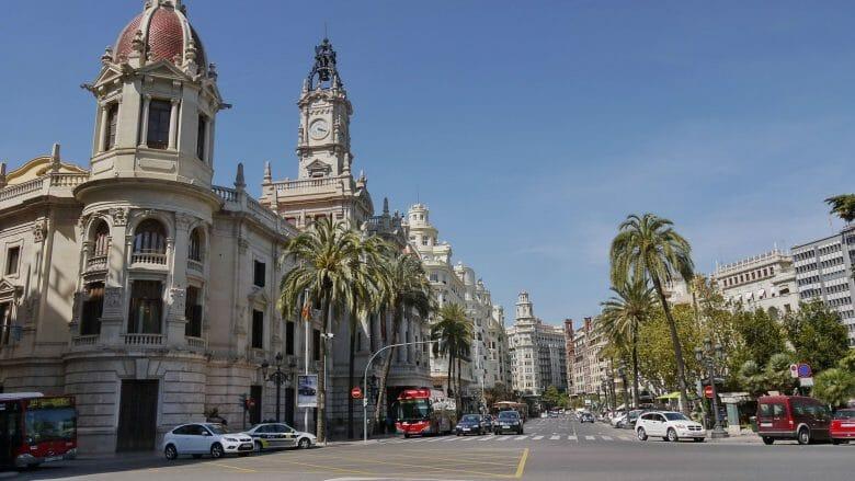 Das Rathaus von Valencia und Umgebung