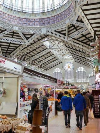 Die Markthalle Mercat Central