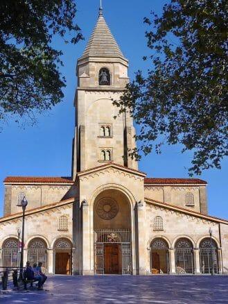 Die Kirche San Pedro