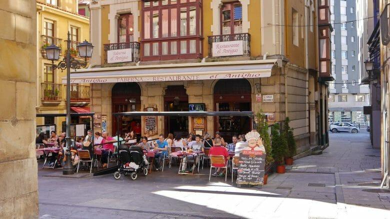 Taberne an der Plaza Mayor