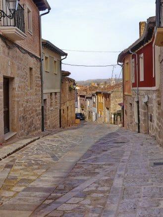 Der Jakobsweg führt mitten durch Castrojeriz