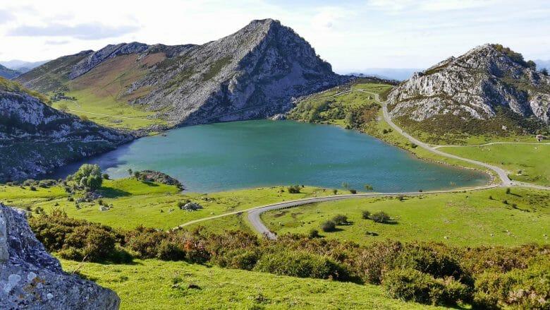 Lago Enol in den Picos de Europa