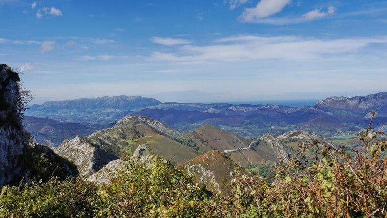 Blick vom Mirador de la Reina auf die Costa Verde