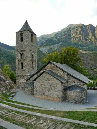 Die romanische Kirche Sant Joan de Boí (UNESCO-Weltkulturerbe)