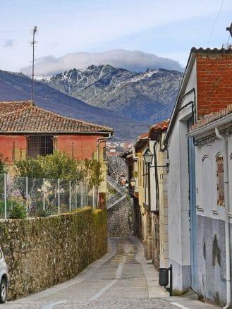 Gasse im Dorf Cuacos de Yuste