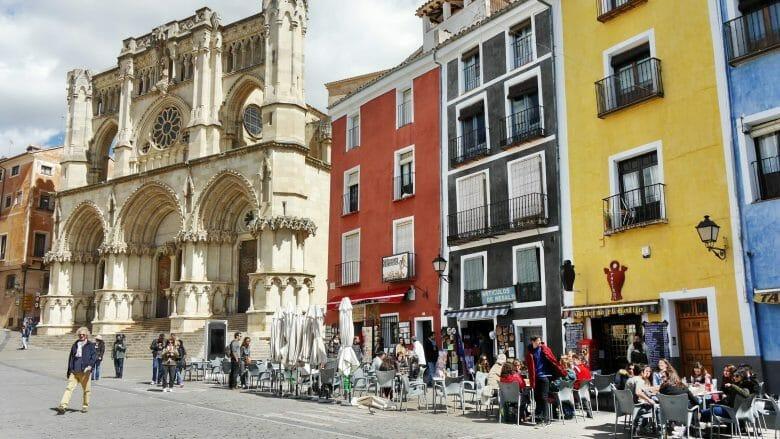 Plaza Mayor mit Kathedrale von Cuenca