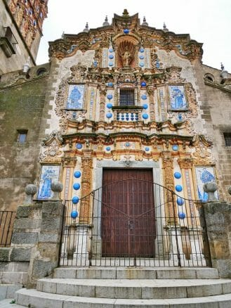 Portal der Kirche San Bartolomé