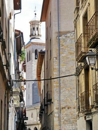 Turm der Kirche San Saturnino