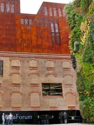 Das Ausstellungszentrum CaixaForum in Madrid
