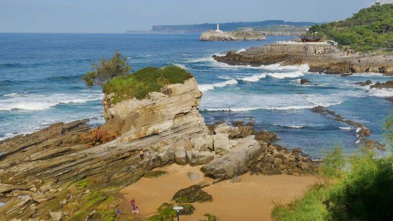 Felsenbuch vor Santander