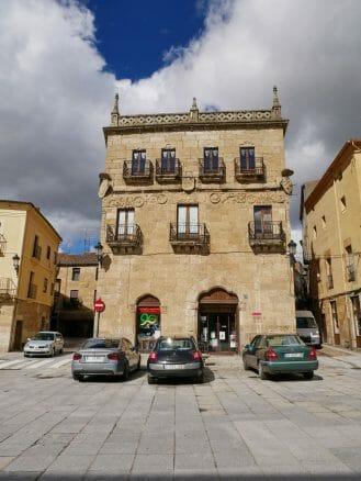 Casa del Primer Marqués de Cerralbo an der Plaza Mayor
