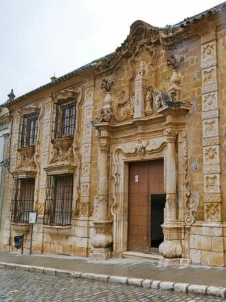 Die Cilla del Cabildo de la Catedral de Sevilla de Osuna in der Calle San Pedro