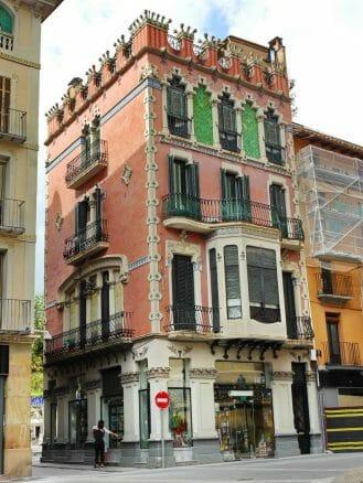 Die modernistische Casa Gaietà-Vila in Olot