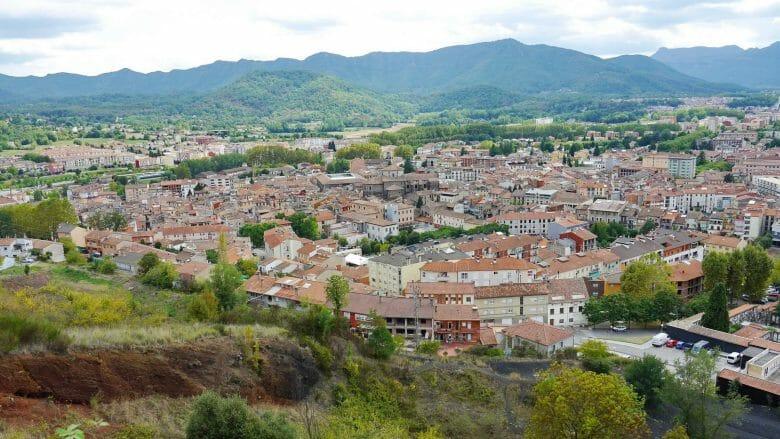 Blick auf die Altstadt von Olot