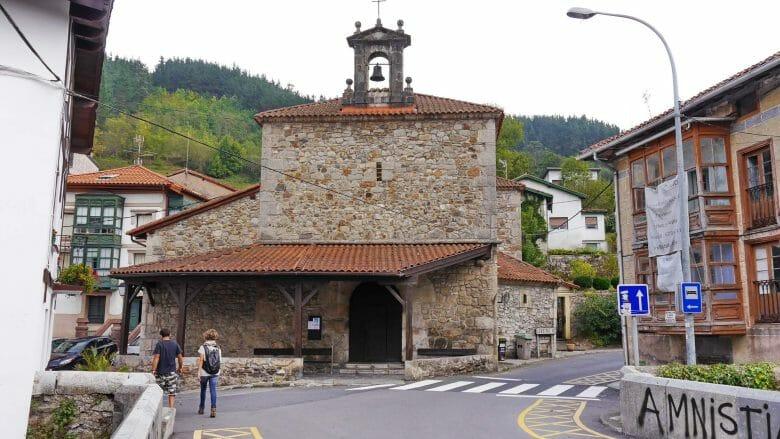 Die Kirche Jesusen Andra Mari in Ea