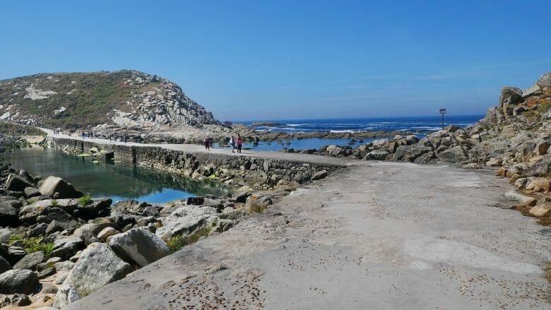 Der Verbindungssteg zwischen den Insel Nordinsel Monteagudo und Do Faro