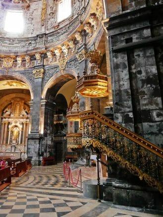 Kanzel in der Basilika von Loyola