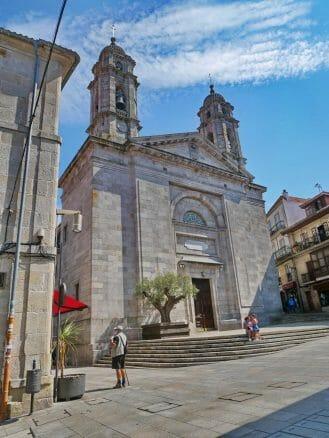 Kirche Igrexa A Colegiata (Konkathedrale Santa María)