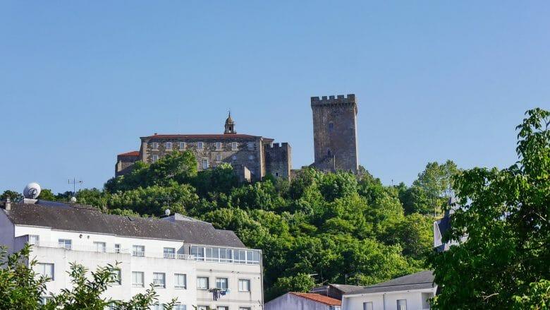 Kloster San Vicente del Pino und Torre da Homenaxe