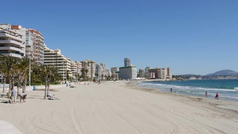 Playa de Levante von Calp