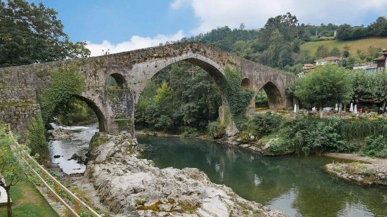 Puente Romana (Cangas de Onís)