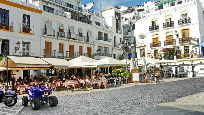 Plaza Almijara (Cómpeta)